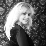 Kiss, Dr. Corina Sängerin im Alt und seit 2013 Mitglied des Redaktionsteams NeueChorszene