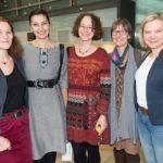 Singleiterinnen in fröhlicher Runde: Barbara Beckmann, Radmila Boochs, Christine Omar, Christine Modersohn, Triin Maran © Thomas von der Heiden, Düsseldorf