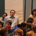 Singleiter Martin Lucaß im Kreise seiner Kinder bei der Laudatio von Dr. Jannott