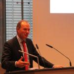 Michael Breuer, Präsident des Rheinischen Sparkassen- und Giroverbandes, bei seiner Rede zur Preisverleihung