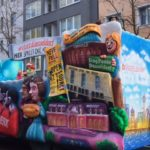 Rosenmontagswagen Bunt und Farbenfroh