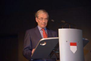 Georg Lauer bei seinem Vortrag zum 200. Jubiläum des Städtischen Musikvereins zu Düsseldorf bei den Düsseldorfer Jonges