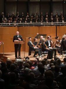 Musikvereinsvorsitzender Manfred Hill bei seinen Dankesworten.