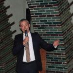 Michael Becker bei seiner Begrüßungsrede für die Ehrengäste
