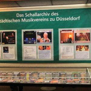 Ausstellungschwerpunkt ist das Schallarchiv des Musikvereins, welches von Rainer Großimlinghaus errichtet und betreut wurde.