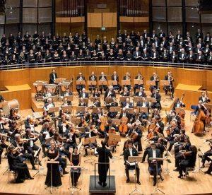 """200 Jahre Musikverein: Hier mit Axel Kober anlässlich eines Konzertes mit Verdis """"Requiem"""" Bild: susanne.diesner"""