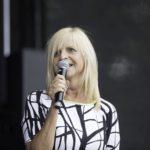 Helma Wassenhoven bei der Moderation