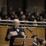 Musikvereinsvorsitzender bei seiner Rede im Mendelssohn-Saal der Tonhalle Düsseldorf zum Festkonzert