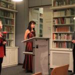 Prof. Dr. Ute Büchte-Römer Nadja Bulatovic nehmen den verdienten Beifall entgegen.