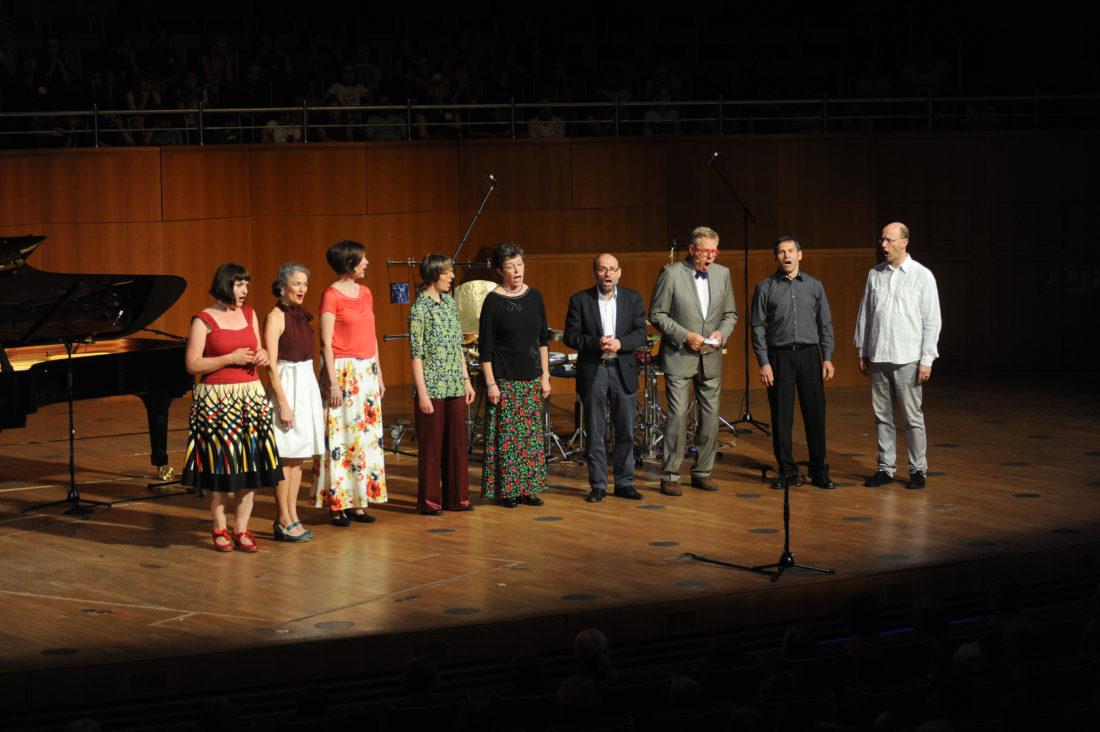 SingPause-Konzert am 12.7.2018, Ständchen der Singleiter*innen und der Musiker für die Kinder Bild: Oleksandr Voskresenskyi/Musikverein