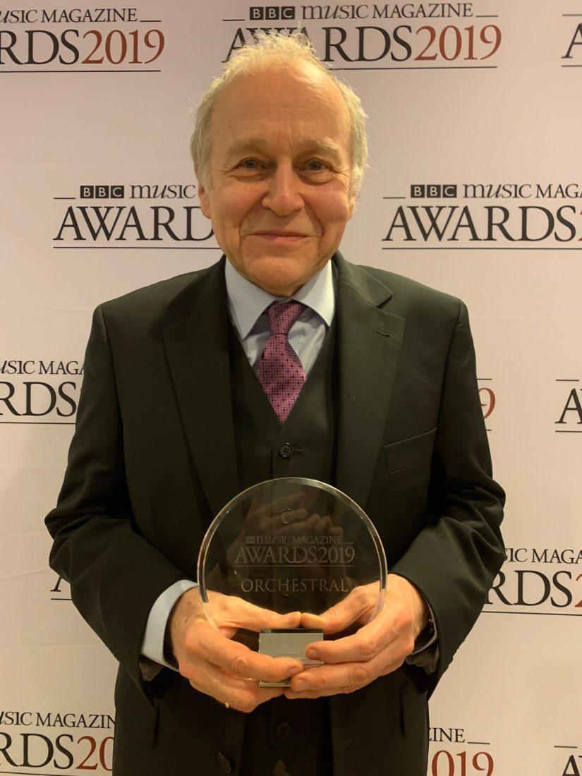 Adam Fischer mit dem BBC-Award (Foto: Stephanie_Fuchs)
