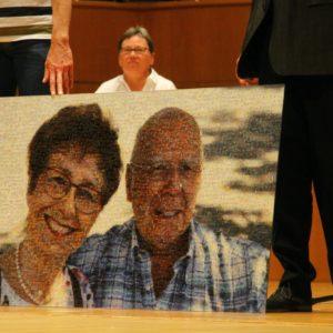 Überraschungsgeschenk der Mitglieder für Manfred Hill mit 1.000 Pixel-Bilder