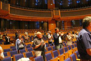 Standing-Ovations durch die Mitglieder