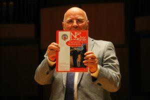 Manfred Hill bringt seine Freude über die Sonderausgabe der NC zum Ausdruck und dankt der Redaktion